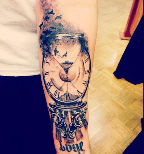 tatuagem relogio tendencia 2018
