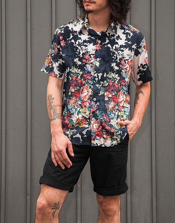 camisa-masculina-floral-bermuda-preta